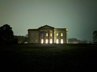 OnePlus 6T - Night Sight - Manor