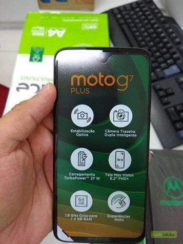 Moto G7 Plus screen protector