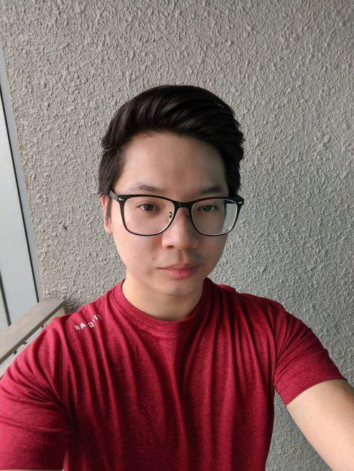 pixel_4_selfie_sample_1