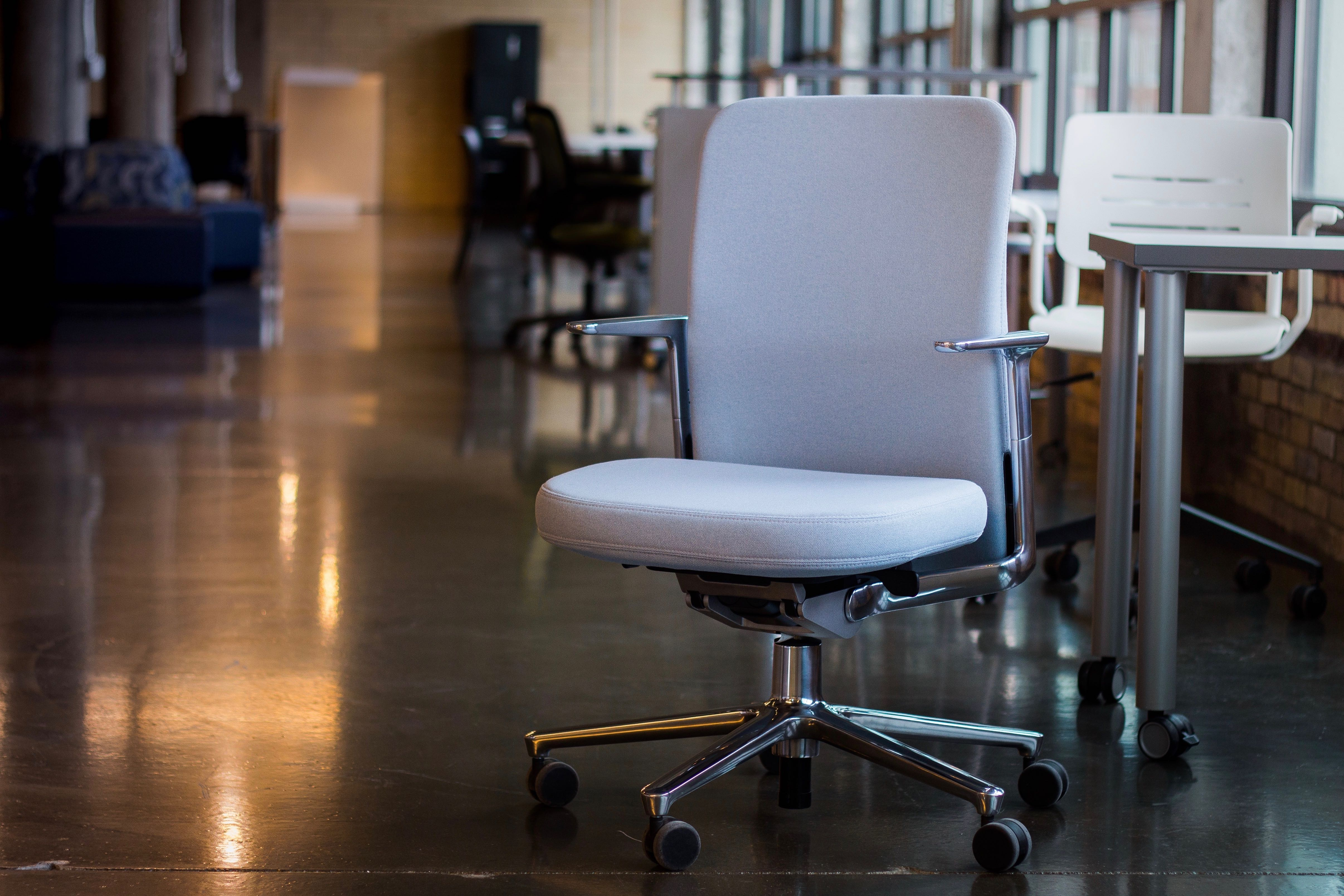 office chair review cb2 orange living with vitra s pacific jony ive choice for any more complimentary to the campus aesthetics and sensibilities putting one in your own probably won t help you invent next iphone