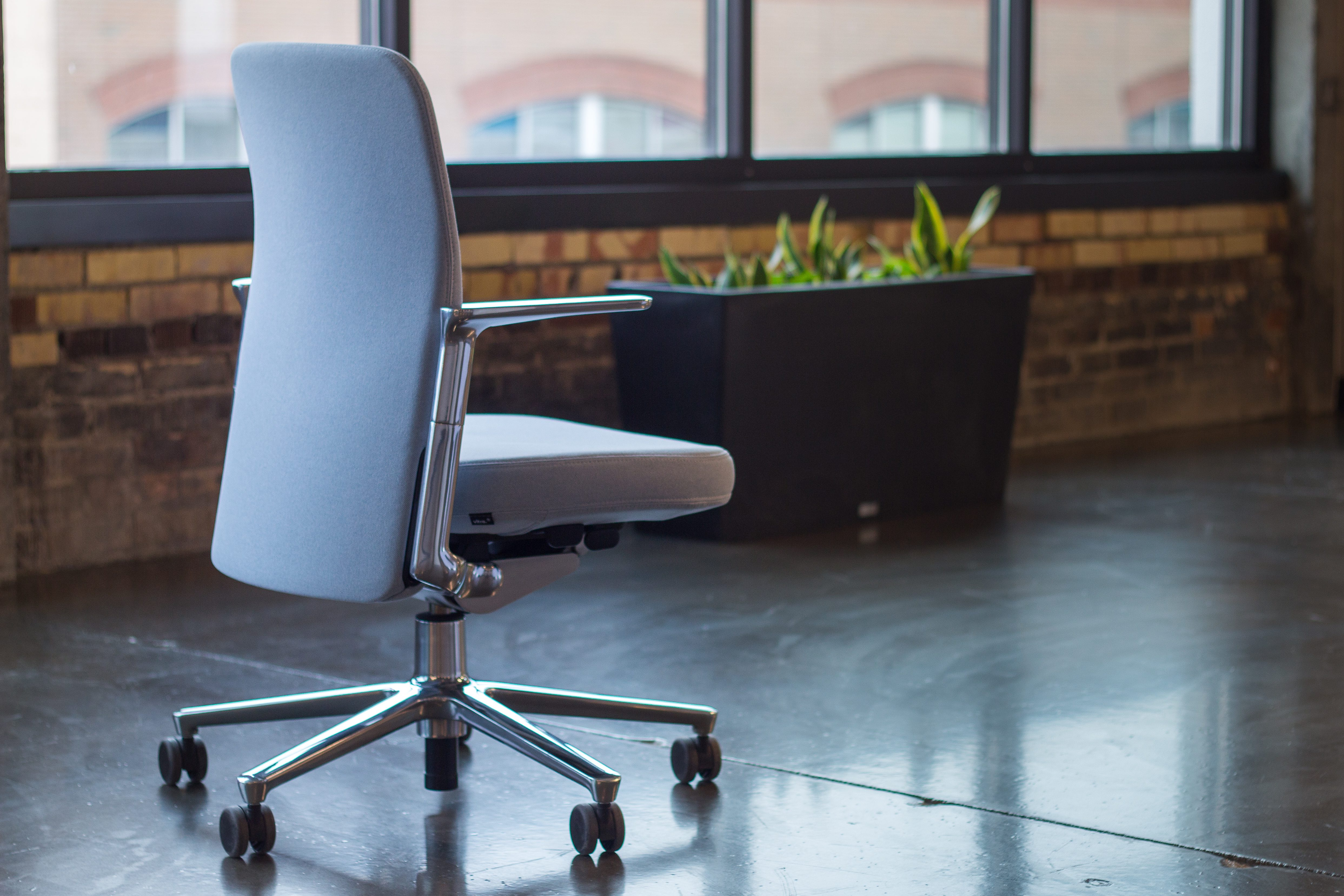 office chair review evacuation rental living with vitra s pacific jony ive choice for special thanks to titletown t2 accelerator providing photography space this