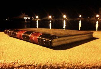 BookBook for Air (012)