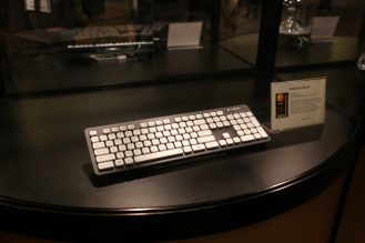 can put this waterproof keyboard in wash