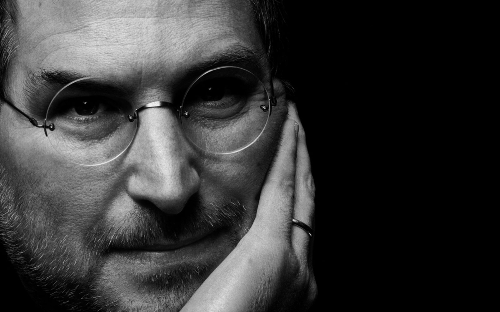 Steve Jobs had plans to make free, shared Wi-Fi the norm to improve iPhone experience