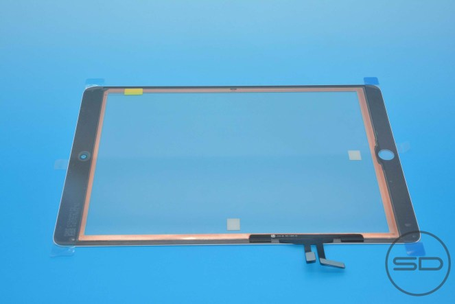 High-res photos claim to show iPad 5 front panel