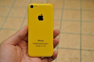 iPhone_5C_Dummy_Color-5