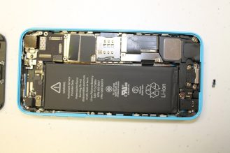 iPhone5s-5c-teardown-06