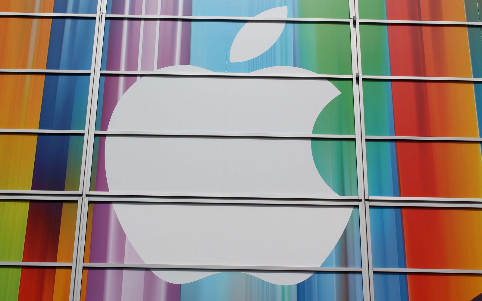 Coming from Apple in 2014: 12-inch Retina MacBook, sharper iPad, cheaper iMac?