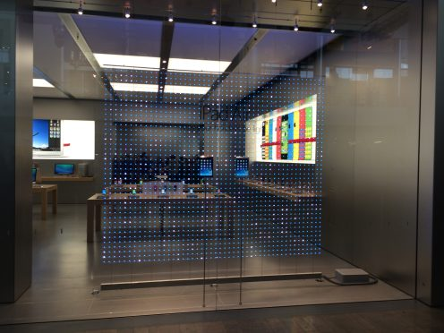 Apple-Store-vegas-winter-display-02