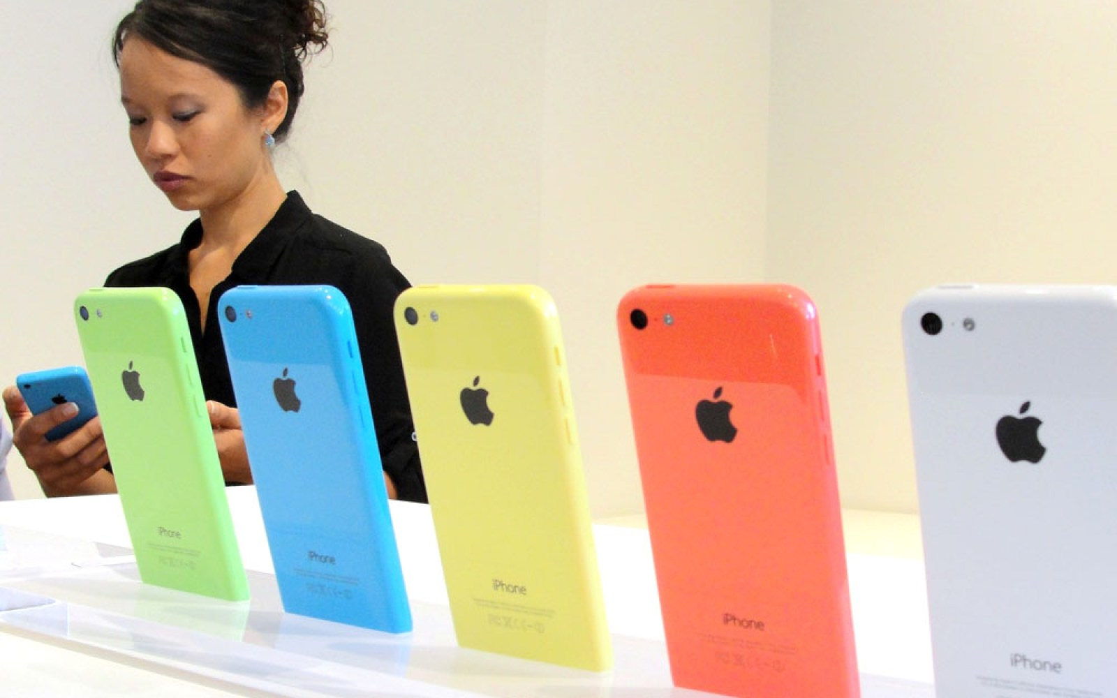 China Mobile iPhone launch could lead to subsidy wars, say analysts