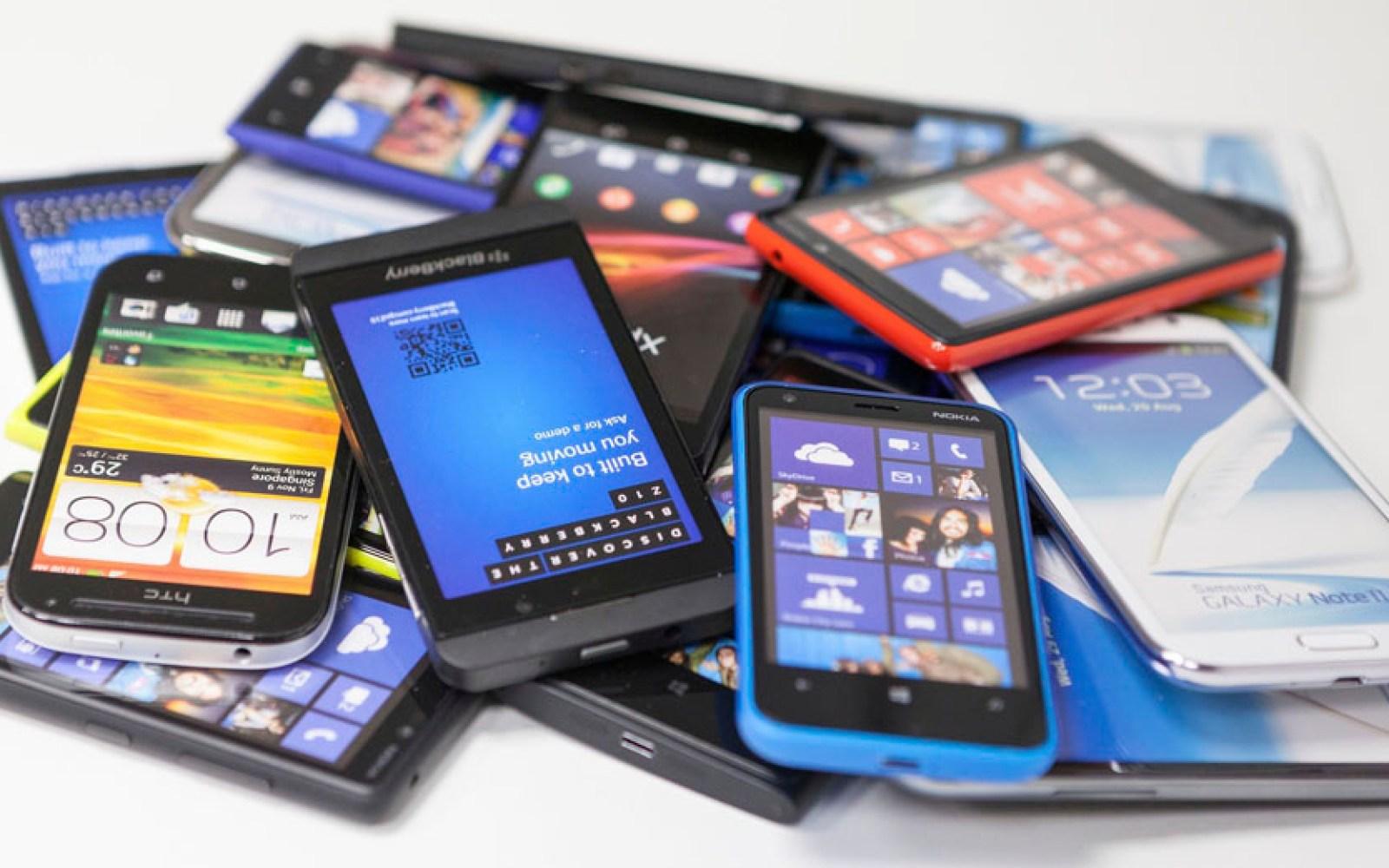 A billion smartphones were sold last year, says IDC