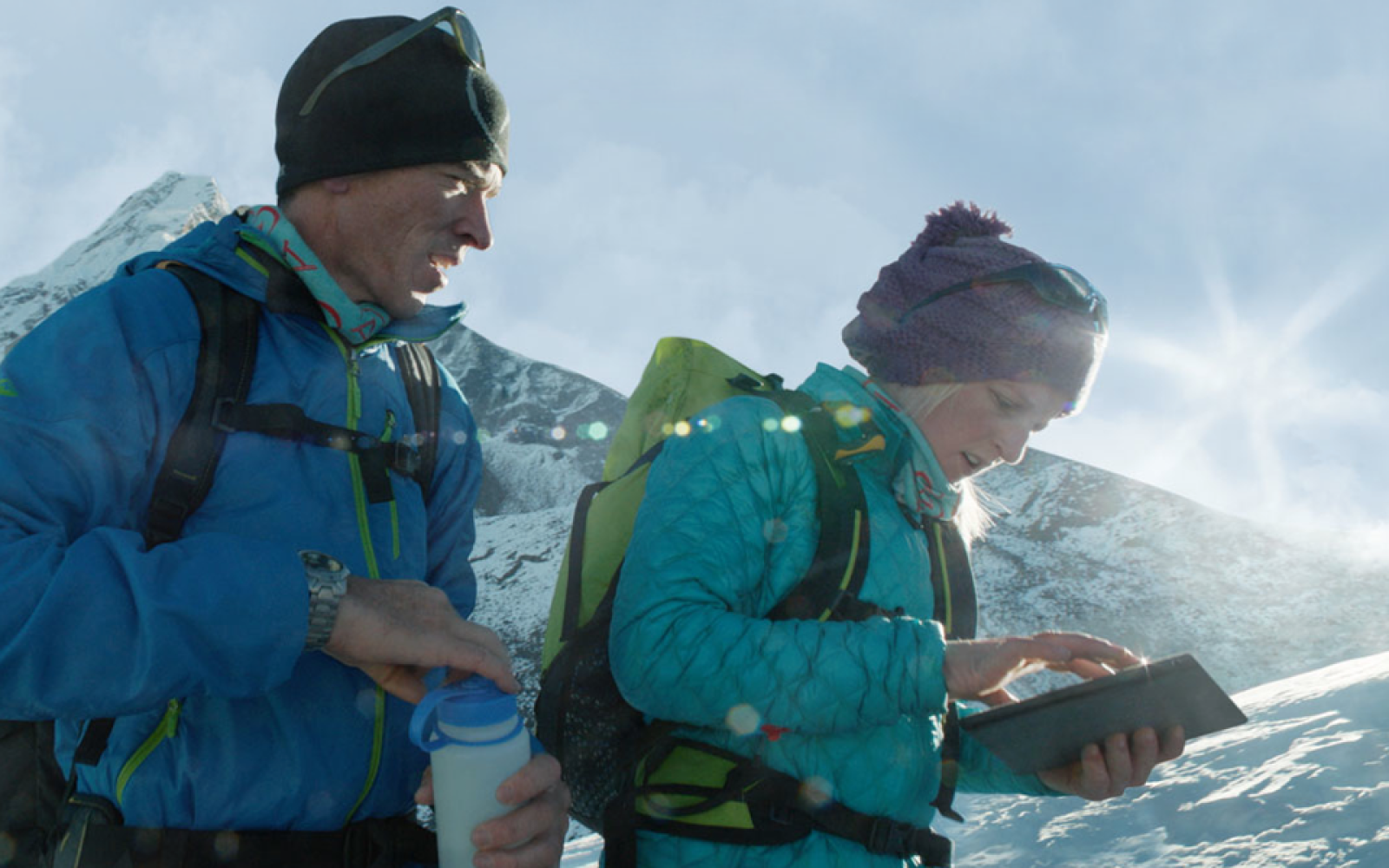 Apple takes Your Verse iPad campaign to new heights with mountaineering feature