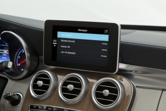 CarPlay-Benz-08
