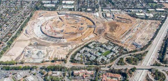 Apple-Campus-2-aerial-Oct-6