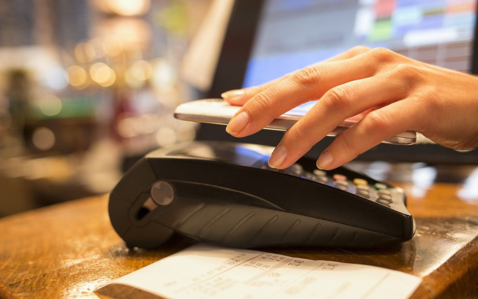 """Eddy Cue right about """"a lot of work to do"""" as Apple Pay glitches emerge"""