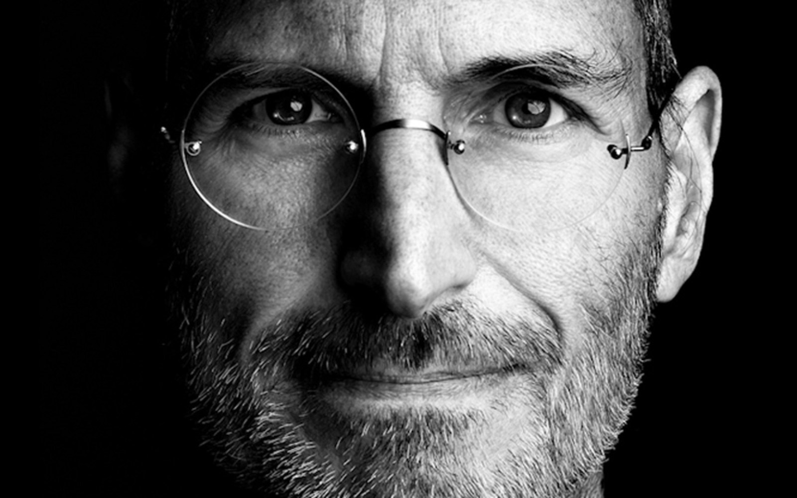 MIT looks back at Steve Jobs patents, including the 141 approved since his death