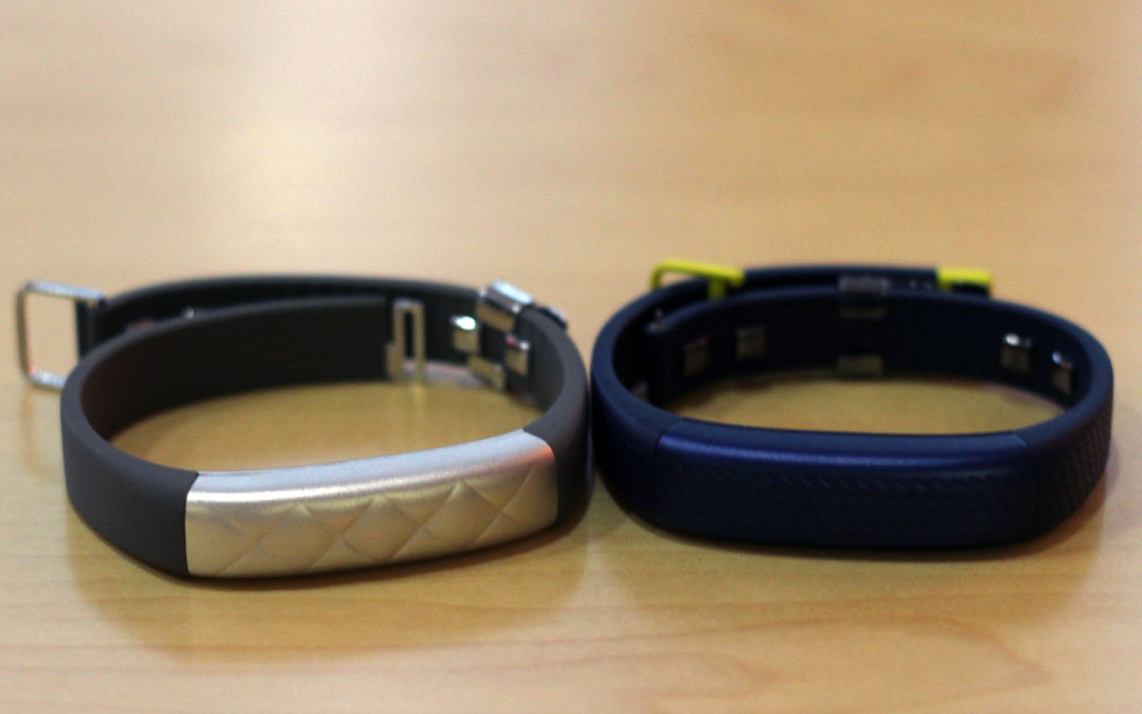 Jawbone announces updated Up3 wristband, new Up Move clip-on movement tracker