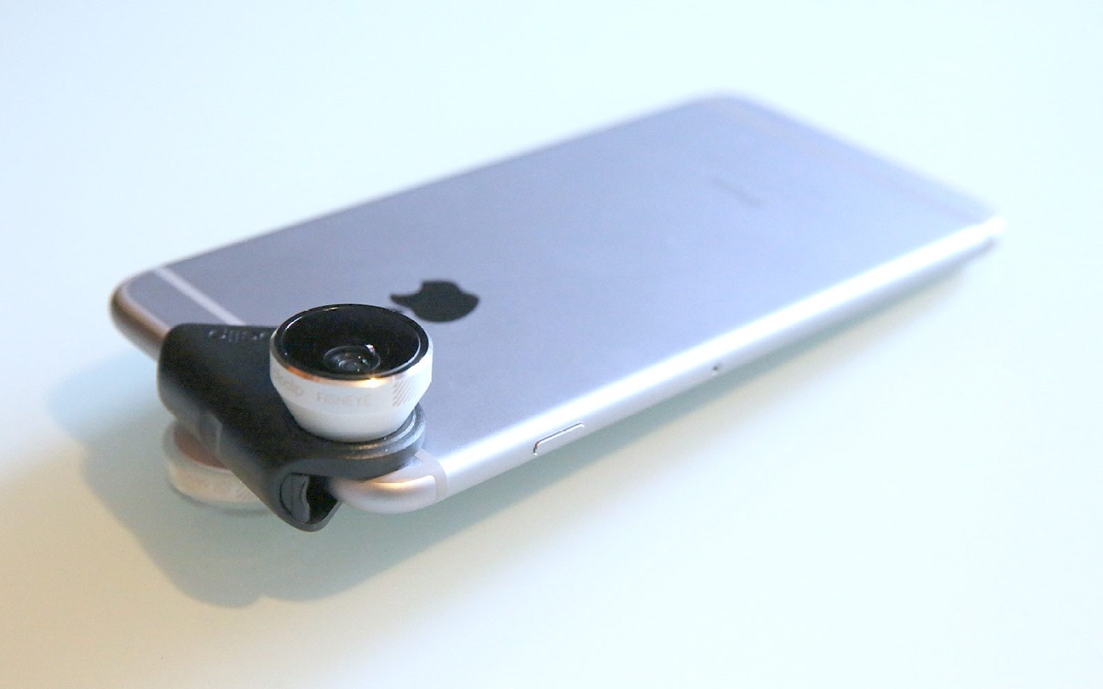 sale retailer 0d70d a7c4b Review: Olloclip 4-in-1 Lens for iPhone 6/6 Plus hangs wide-angle + ...