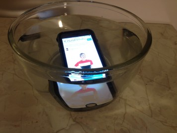 Catalyst for iPhone 6 under water