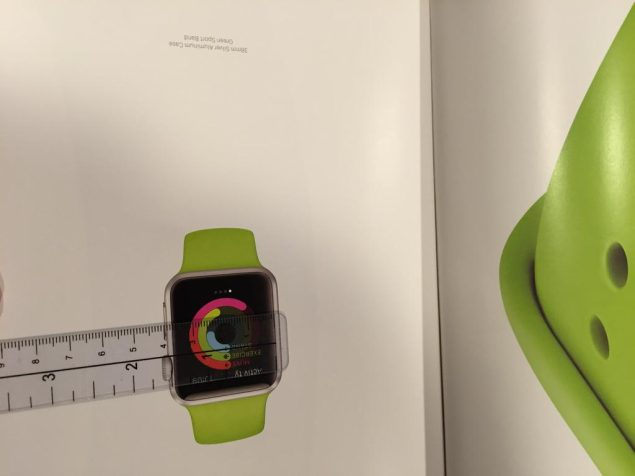 Apple Watch returns to Vogue w/ first video ad & multi-page spread showing life size shots - 9to5Mac