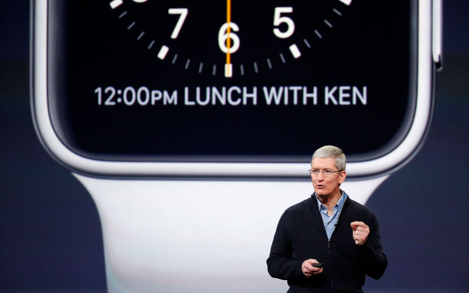 Tim Cook: Apple employees will get 50% off Apple Watch, 1000+ apps submitted