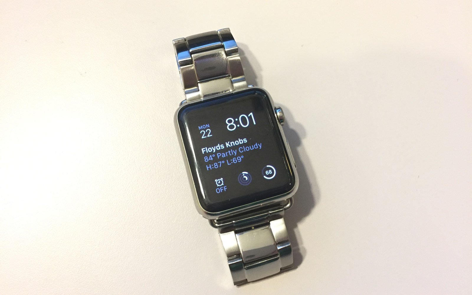 Hands-on with an affordable alternative to Apple's Link Bracelet for Apple Watch