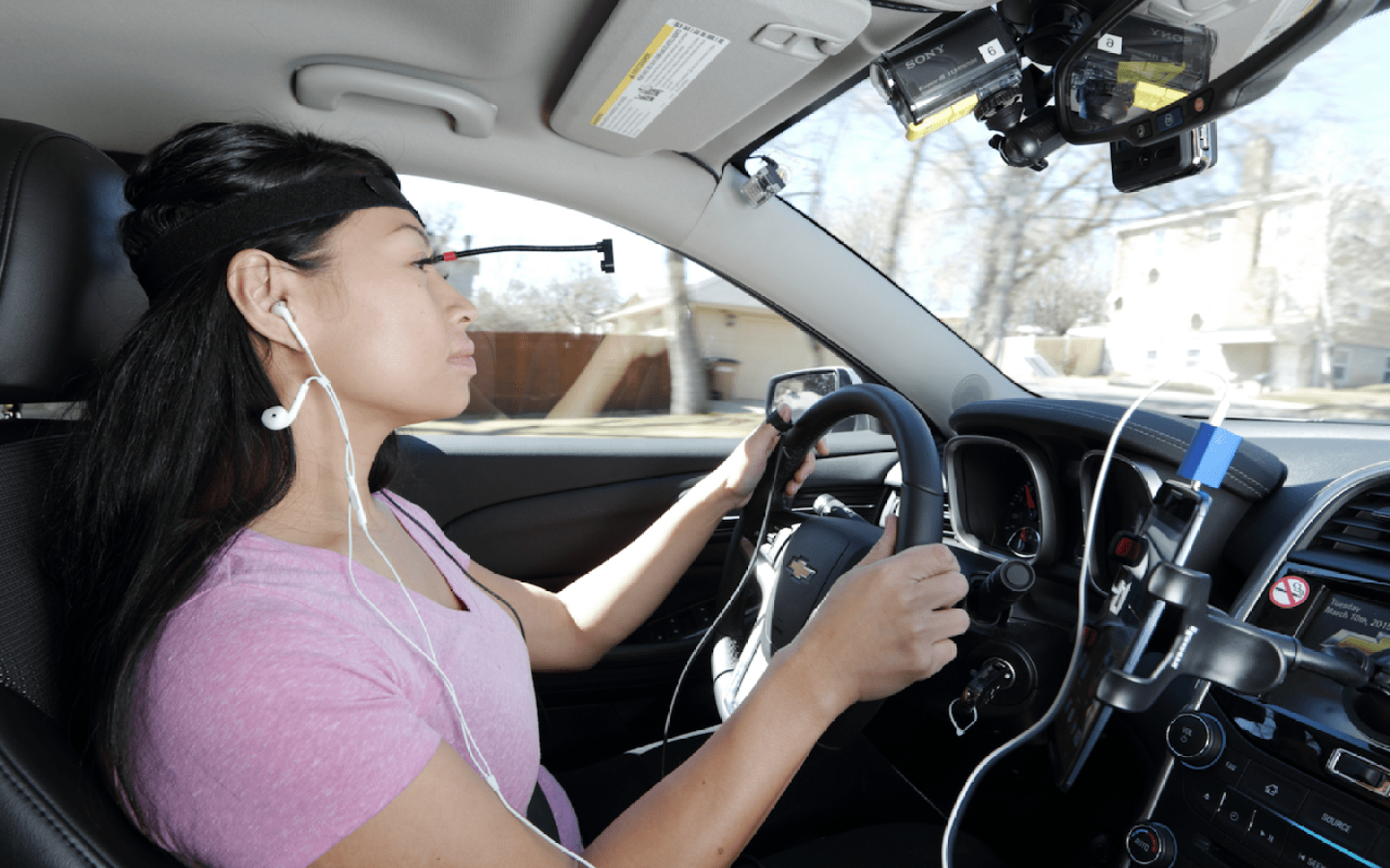 AAA study ranks mental distraction of using iPhone voice commands on the road vs other platforms