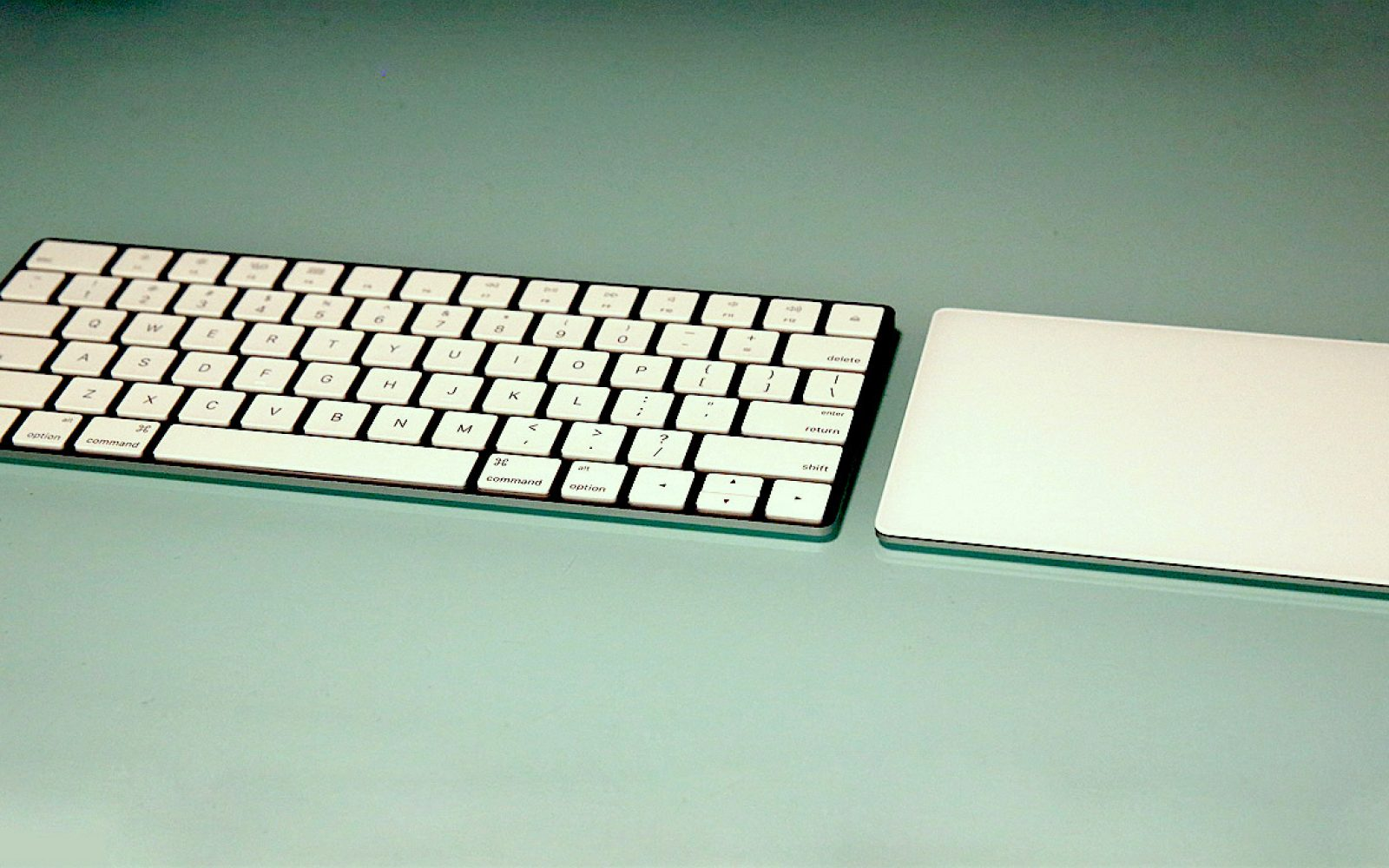 Review Apple S Magic Keyboard Magic Trackpad 2 Add Precision And