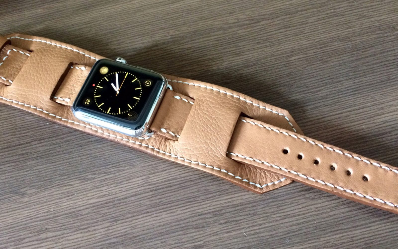 How-To  Get the expensive Apple Watch Hermès look for under  100 ... 833ccbdc18f