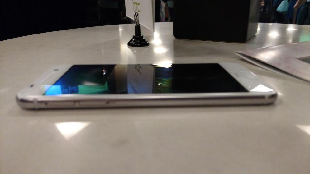 HTC One A9 iPhone 6 5
