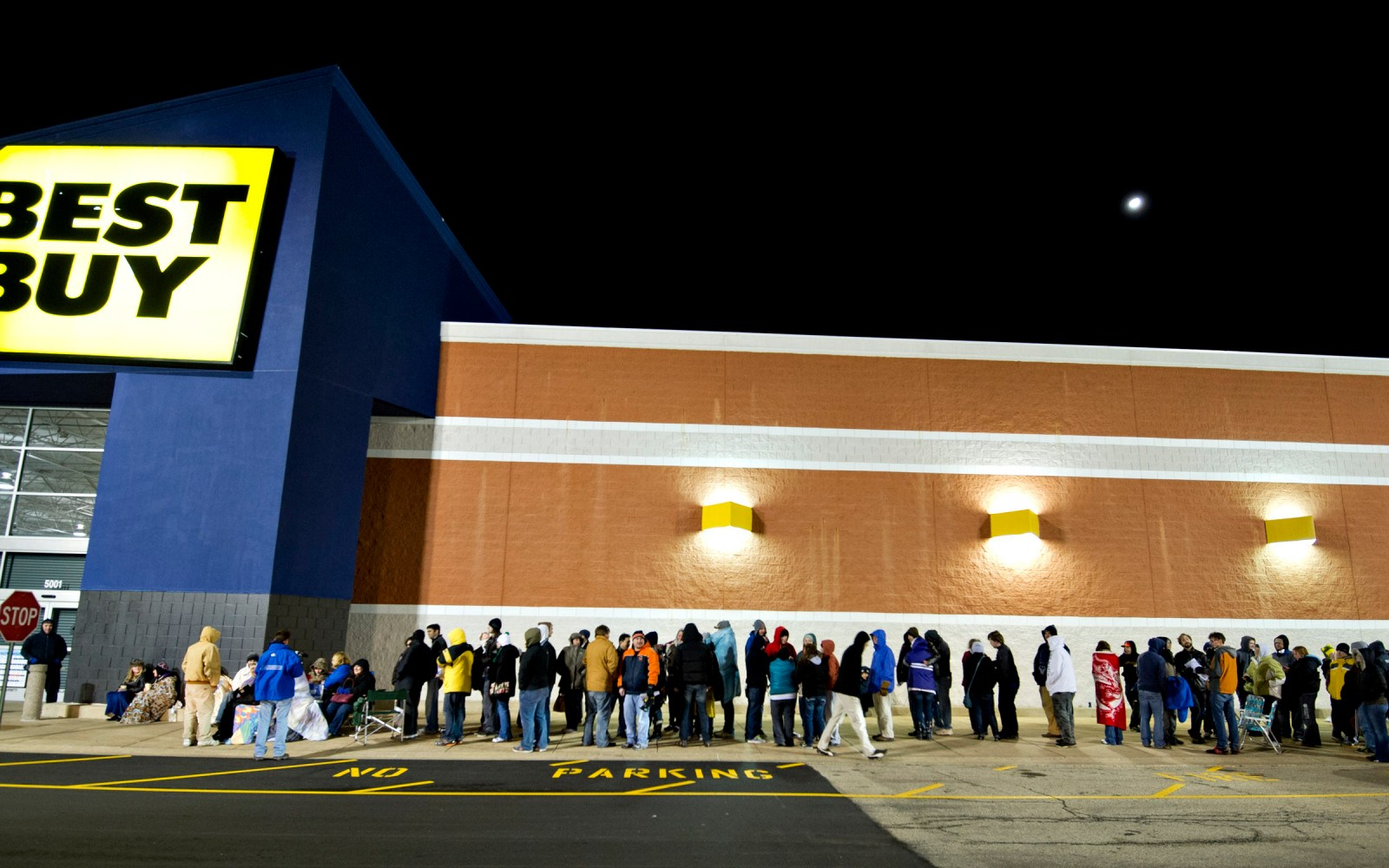 Apple Black Friday Gameplan – knock out holiday shopping quickly, save tons of cash