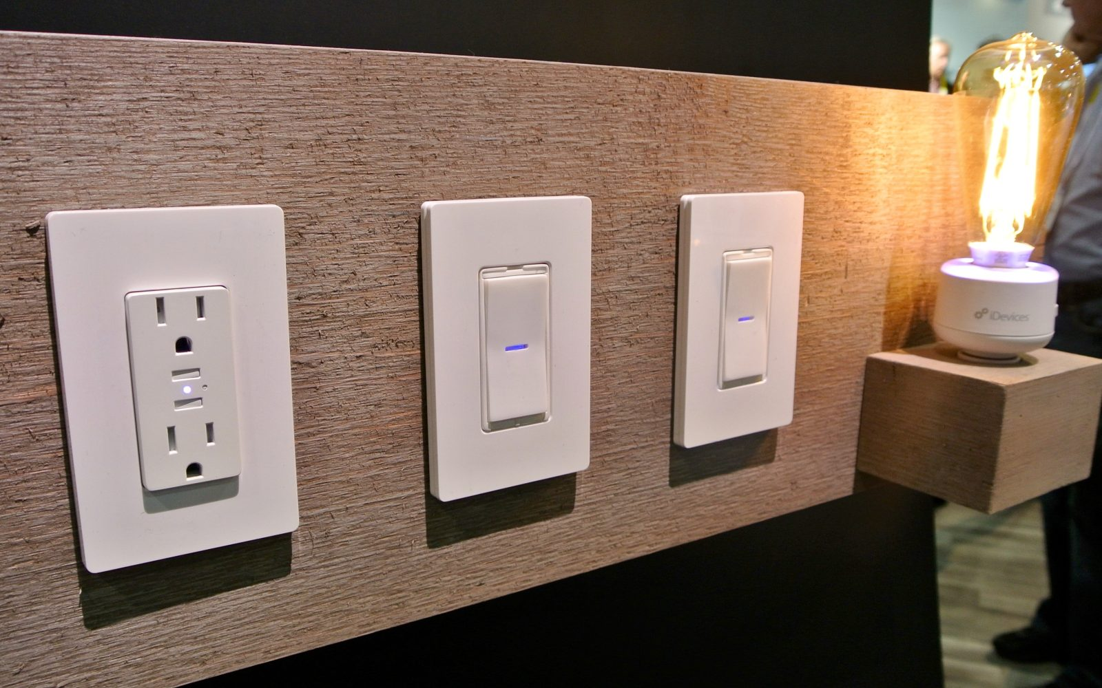 Idevices adds new siri controlled wall outlets switches and light idevices adds new siri controlled wall outlets switches and light sockets to its homekit lineup aloadofball Image collections