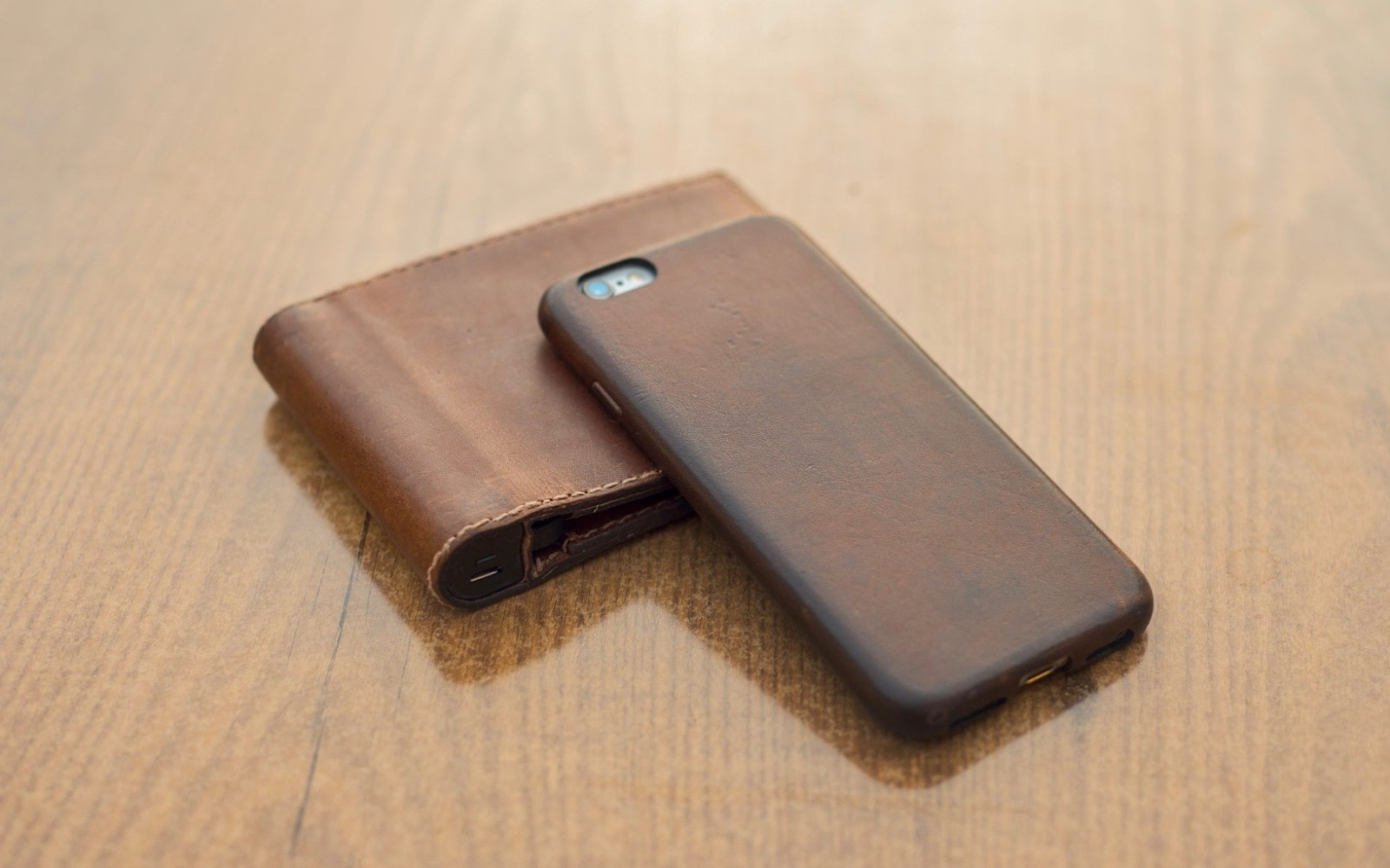Nomad adds iPhone 6/6s cases to its new Horween Leather collection