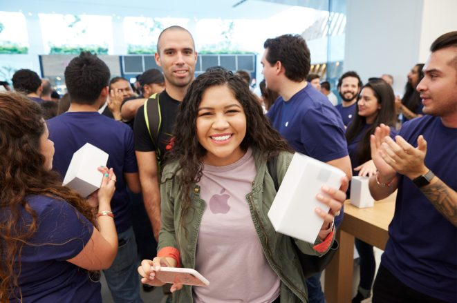 apple-mexico-opening-1