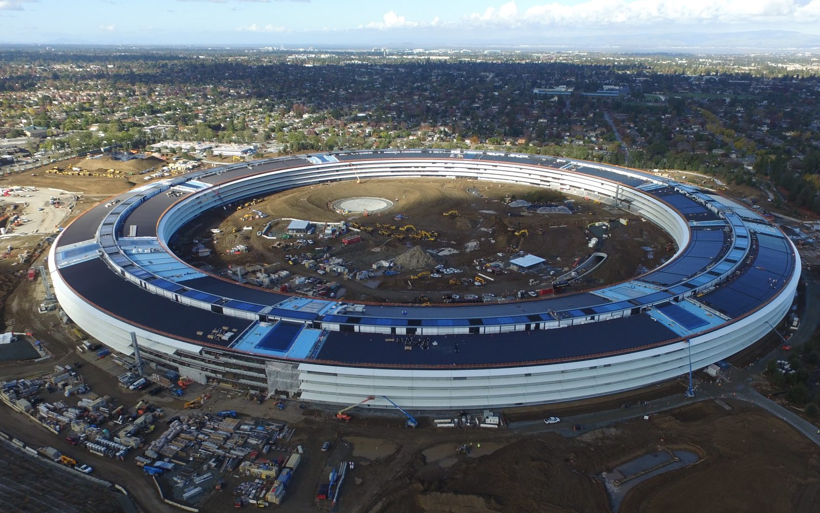 Latest Apple Campus 2 stunning drone flyover video shows