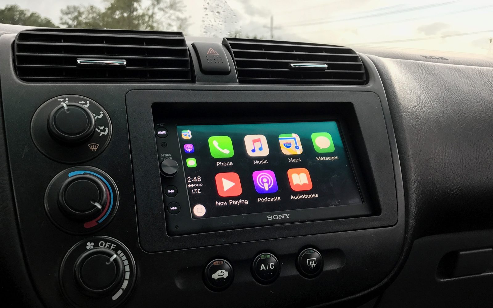 review sonys xav ax carplay receiver pairs tasteful design   fair price   expense