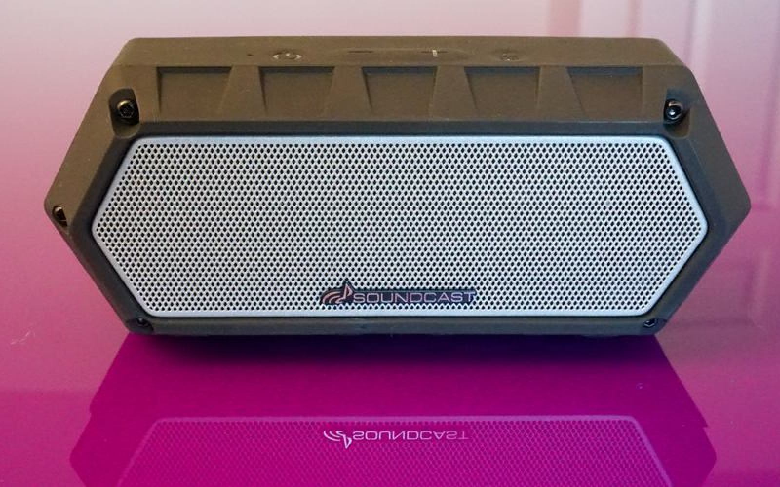 Review: The Soundcast VG1 packs a lot of punch into a compact, waterproof speaker