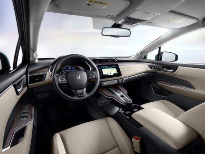Honda-Clarity-EV-02