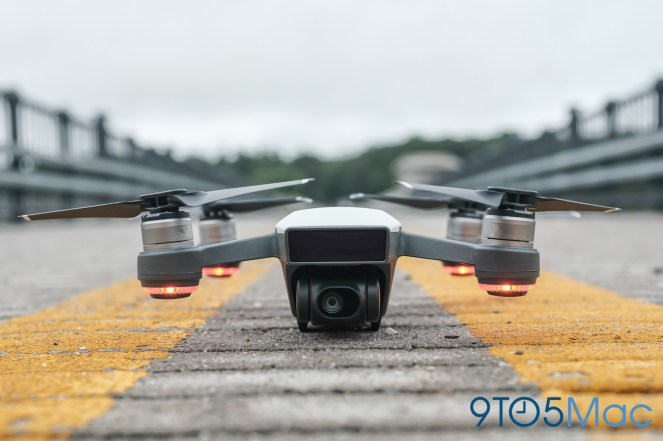 1 DJI Spark Drone Frontal View QuadCopter UAV Small Mini-1000
