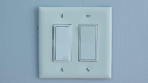 Decora Smart Switch next to dumb switch