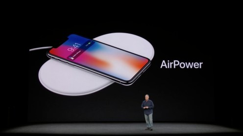 Apple-iPhone-X-2017-AirPower_4