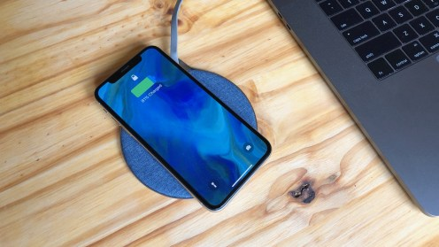 review-aukey-wireless-chargers-6