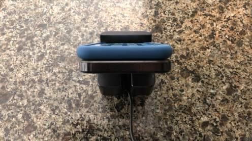 review-case-mate-power-pad-iphone-wireless-charger-6