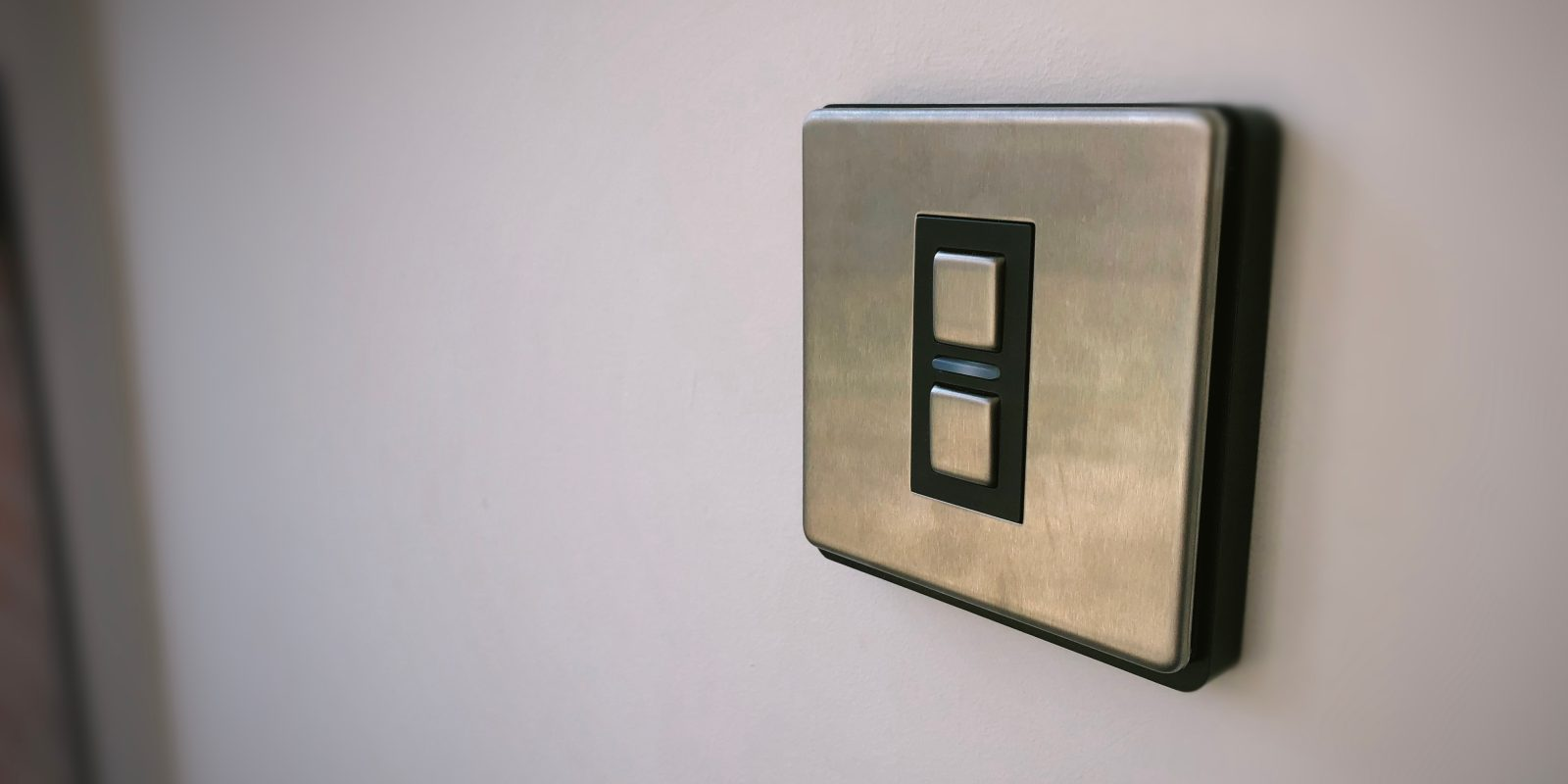 review lightwave light switch the best uk homekit solution for smart lighting [ 1600 x 800 Pixel ]