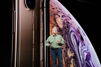 Apple-keynote-Phil-Schiller-introduces-iPhone-Xs-09122018