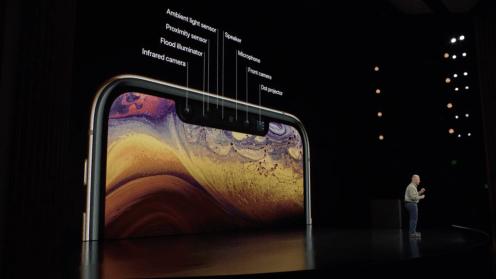 iPhone XS 10.44.53
