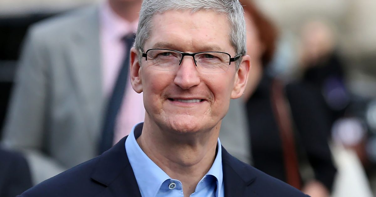 photo of Apple CEO Tim Cook joins 'CBS This Morning' ahead of 'big announcement' coming Wednesday image
