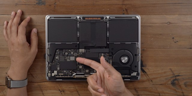 inside 2019 MacBook Pro