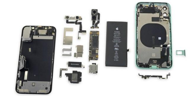 iPhone 11 bị rách