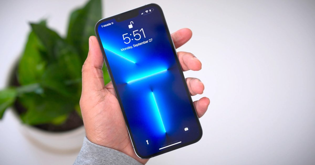 iPhone 13 Pro Max can charge faster than its predecessor thumbnail